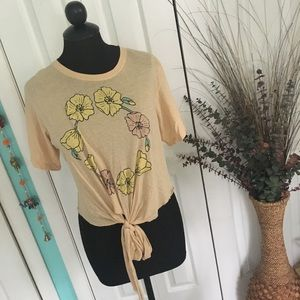 {Wildfox} Yellowstone Cowgirl Floral Tie Front Tee
